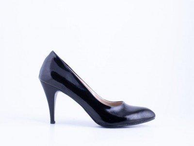Ženska salonka crna lak - Model 2003-CL