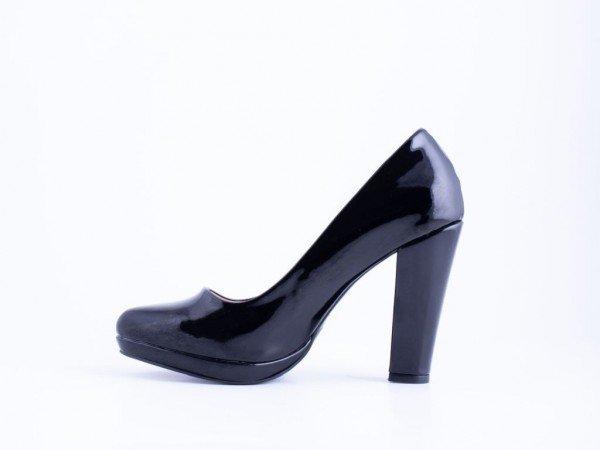 Ženska salonka crna lak - Model 2020-CL