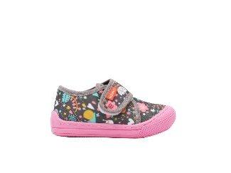 Saveti pri odabiru obuće za mališane